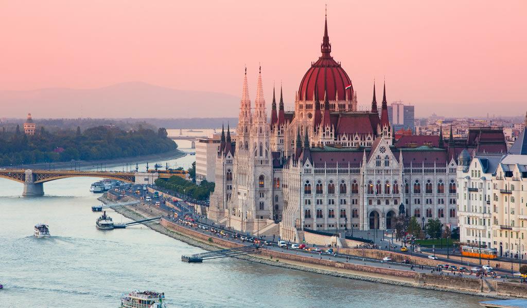✈ 4-daagse citytrip Boedapest + ontbijt
